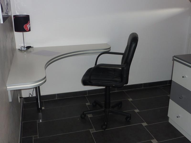 am nagement de votre bureau les cr ations de pascal. Black Bedroom Furniture Sets. Home Design Ideas